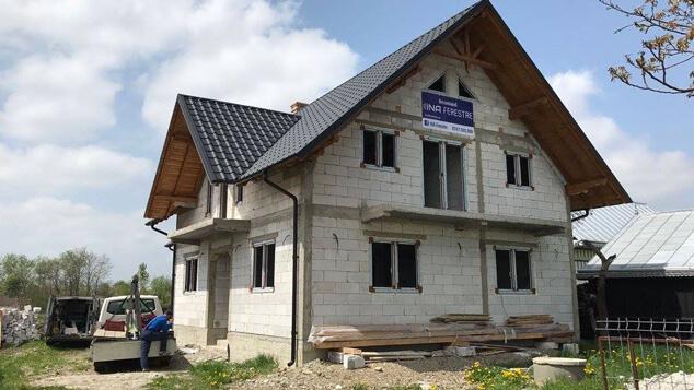Casa Coaja Nucu